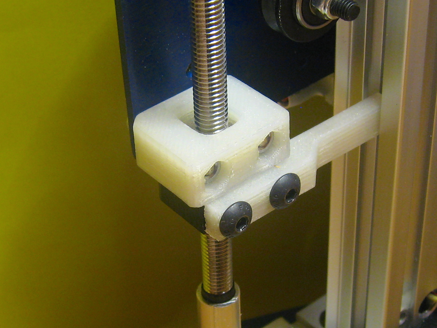 Z-Axis Wobble Absorber